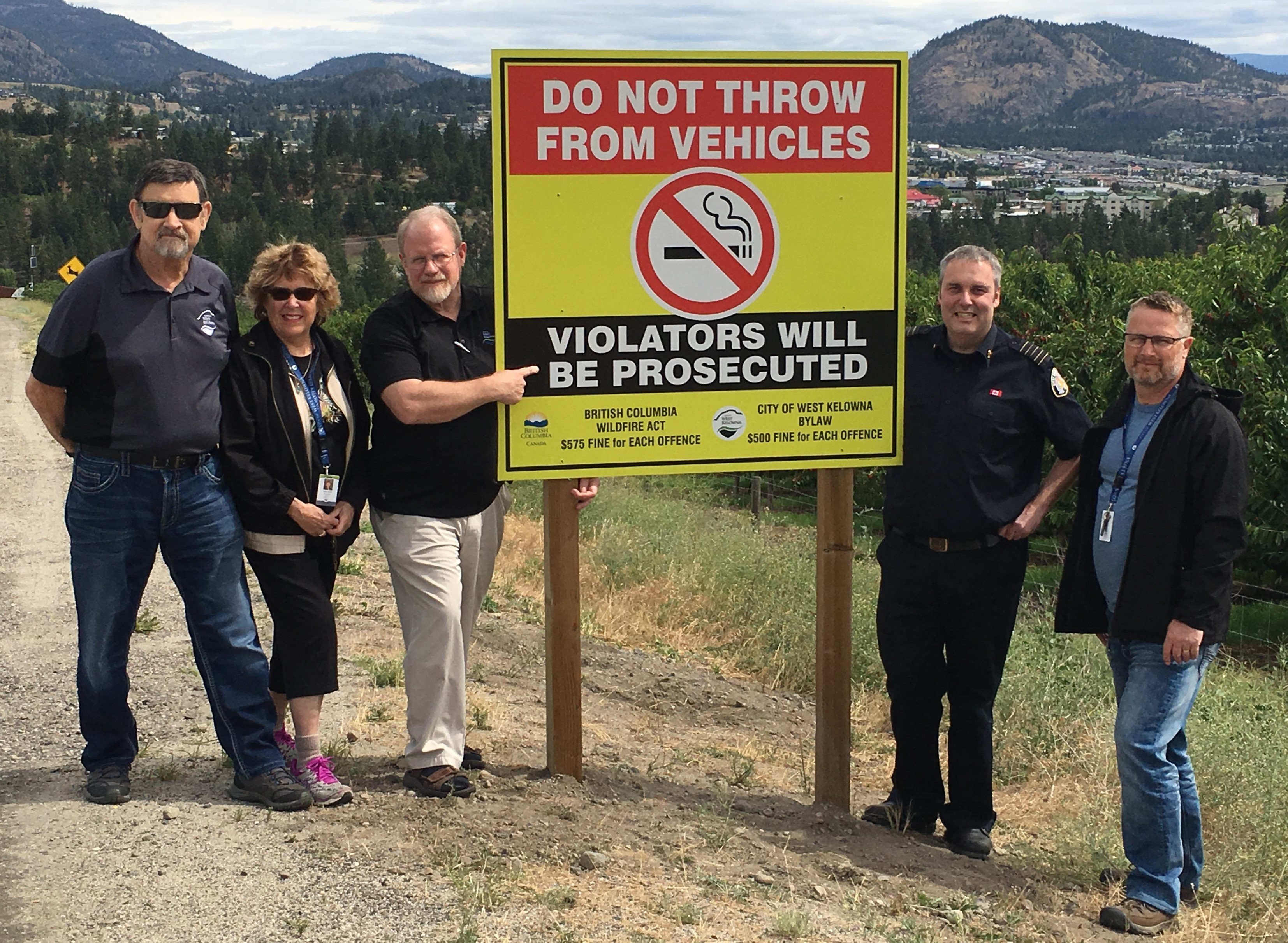 CWK - New Road Signs Discourage Flicked Cigarettes