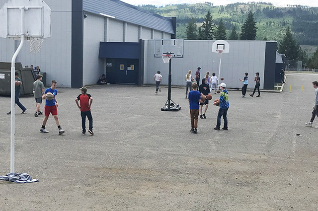 Barriere Secondary basketball courts