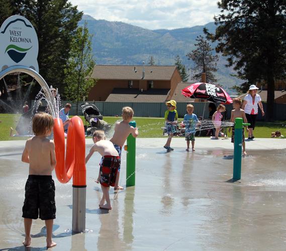 Kids Care Spray Park - WEB