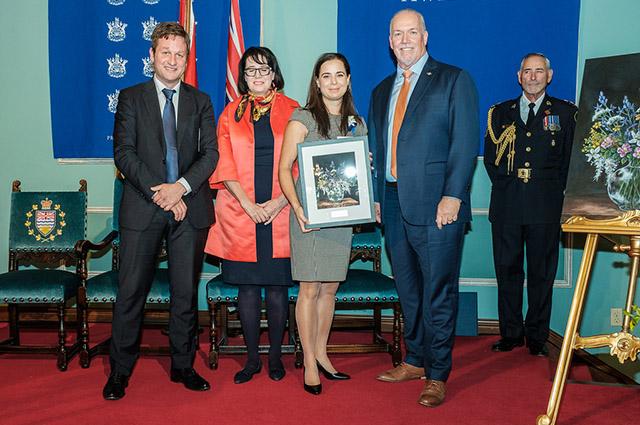 Jordan Smith receives award for excellence